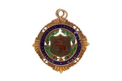Lot 1701 - CELTIC F.C. INTEREST - SCOTTISH FOOTBALL LEAGUE CHAMPIONSHIP GOLD MEDAL 1965/66