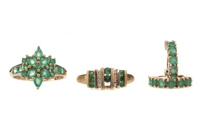 Lot 405 - AN EMERALD RING AND EARRINGS ALONG WITH A PARTIAL EMERALD AND DIAMOND RING
