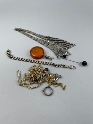 Lot 54 - A GROUP OF SILVER AND OTHER JEWELLERY