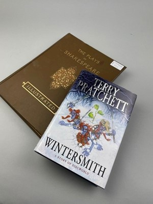 Lot 45 - A TERRY PRATCHETT WINTERSMITH SIGNED FIRST EDITION ALONG WITH AN ILLUSTRATED SHAKESPEARE VOLUME