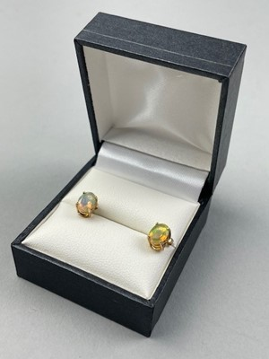 Lot 69 - A PAIR OF ETHIOPAN OPAL AND NINE CARAT GOLD EARRINGS