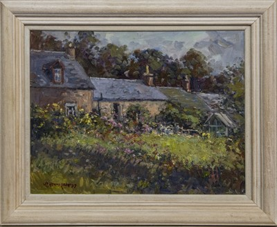 Lot 651 - COTTAGE AT FOWLIS WESTER, AN OIL BY J D HENDERSON