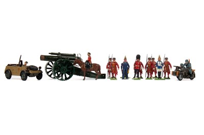 Lot 768 - BRITAINS PAINTED LEAD SOLDIERS