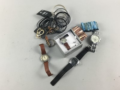 Lot 32 - A COLLECTION OF FASHION WATCHES AND COSTUME JEWELLERY