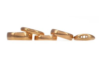 Lot 1339 - FOUR WEDDING BANDS AND ONE OTHER