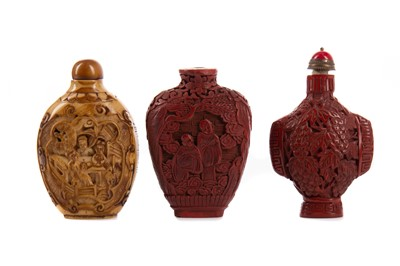 Lot 1858 - A LOT OF THREE CHINESE SNUFF BOTTLES