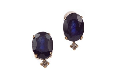 Lot 1388 - A PAIR OF SAPPHIRE AND DIAMOND STUD EARRINGS