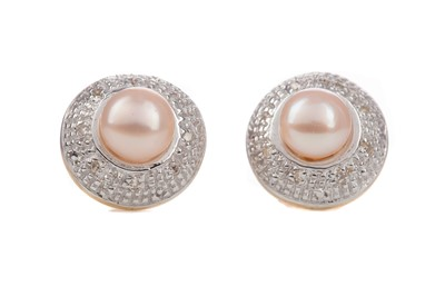 Lot 1430 - A PAIR OF PEARL AND DIAMOND STUD EARRINGS