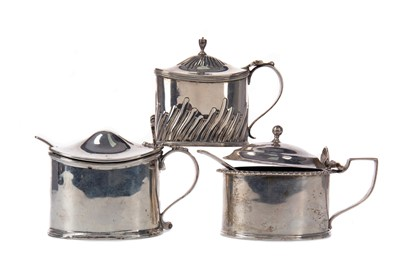 Lot 523 - THREE LATE 19TH/EARLY 20TH CENTURY SILVER MUSTARD POTS