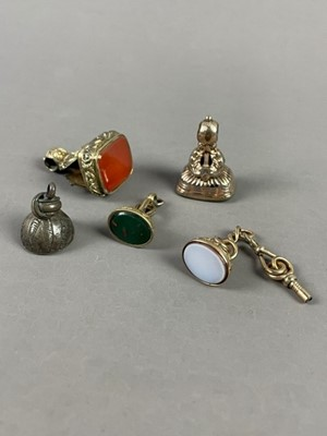 Lot 6 - A LOT OF FIVE 19TH CENTURY SEAL FOBS