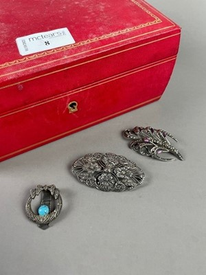 Lot 8 - A LOT OF VINTAGE SILVER AND MARCASITE JEWELLERY