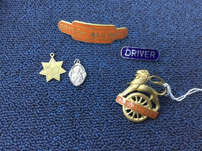 Lot 45 - A SMALL GROUP OF RAILWAYS BADGES