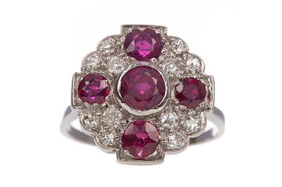 Lot 1470 - A RUBY AND DIAMOND RING