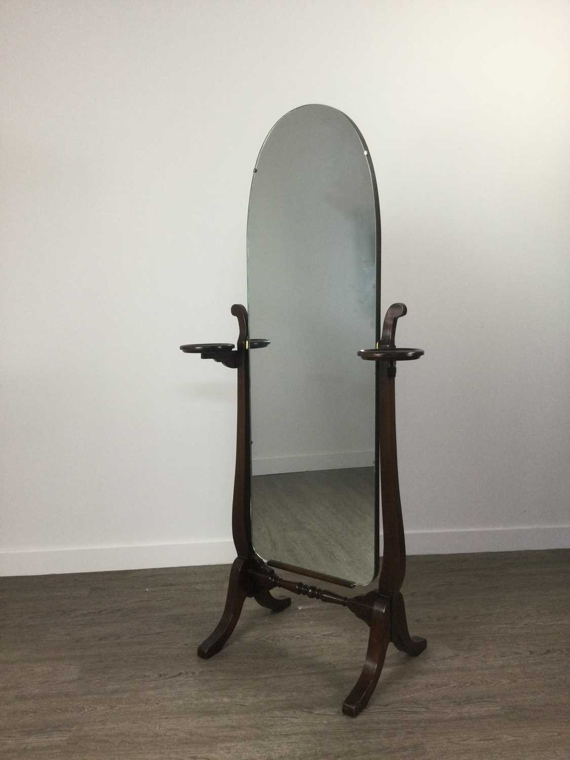 Lot A CHEVAL DRESSING MIRROR