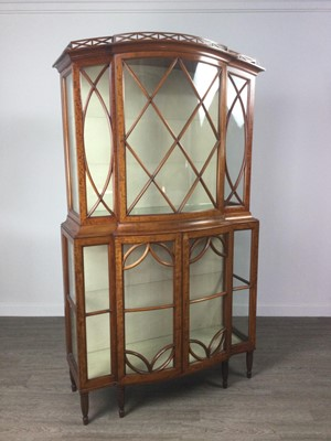 Lot 822 - A SATINWOOD DISPLAY CABINET BY MAPLE & CO