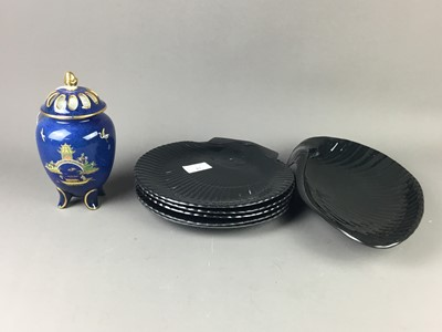 Lot 83 - A CARLTON WARE BLUE ROYALE CERAMIC POT POURRI ALONG WITH WEDGWOOD BLACK BASALT SHELL MOULDED DISHES