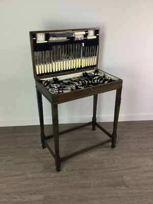 Lot 1346 - AN OAK TABLE CANTEEN OF SILVER PLATED CUTLERY