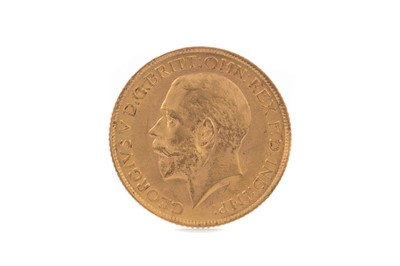 Lot 25 - A GEORGE V GOLD SOVEREIGN DATED 1913