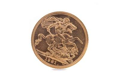 Lot 32 - AN ELIZABETH II GOLD SOVEREIGN DATED 1981