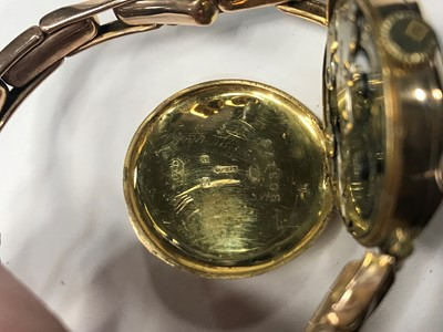 Lot 718 - A LADY'S NINE CARAT GOLD MANUAL WIND WRIST WATCH