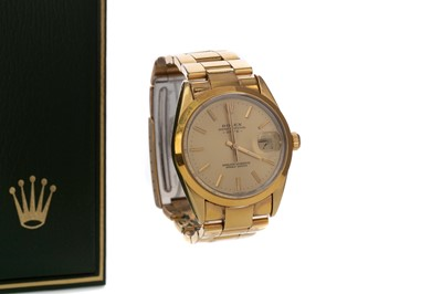 Lot 721 - A GENTLEMAN'S ROLEX GOLD PLATED OYSTER PERPETUAL DATE AUTOMATIC WRISTWATCH