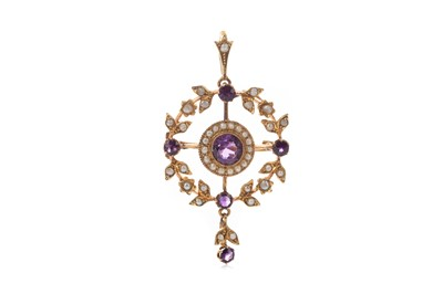 Lot 352 - AMETHYST AND SEED PEARL PENDANT