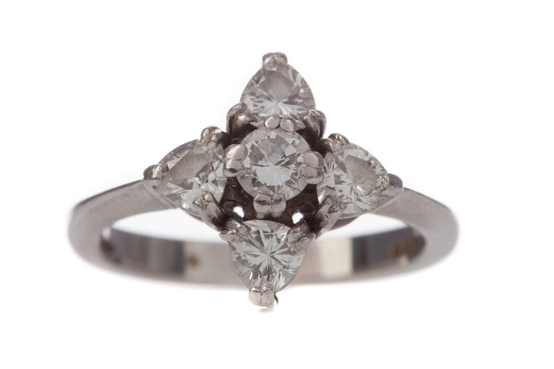 Lot 304 - A DIAMOND FIVE STONE RING