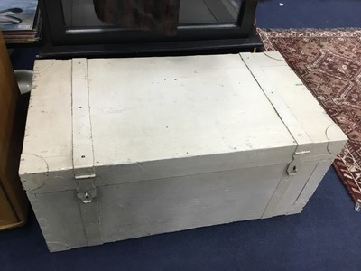 Lot 76A - A WHITE PAINTED WOOD BLANKET CHEST