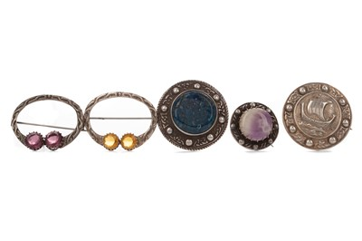 Lot 399 - A COLLECTION OF ROBERT ALLISON OF IONA SILVER BROOCHES