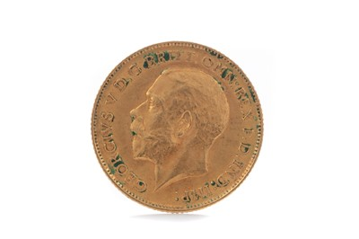 Lot 87 - A GEORGE V GOLD HALF SOVEREIGN DATED 1911