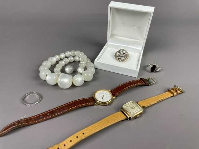 Lot 3 - A LOT OF COSTUME JEWELLERY AND WATCHES