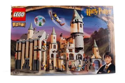 Lot 1328 - A LEGO HARRY POTTER HOGWARTS CASTLE SET