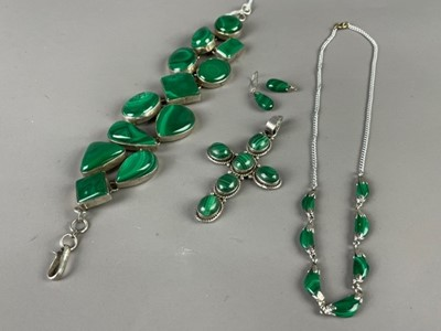 Lot 16 - A MALACHITE AND SILVER BRACELET ALONG WITH OTHER SILVER AND MALACHITE JEWELLERY