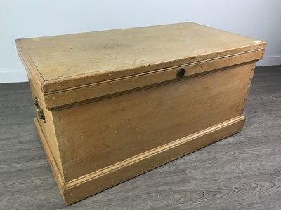 Lot 165 - A VICTORIAN PINE BLANKET CHEST
