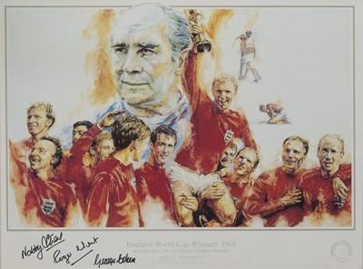 Lot 1743 - ENGLAND WORLD CUP WINNERS 1966 COMMEMORATIVE DISPLAY