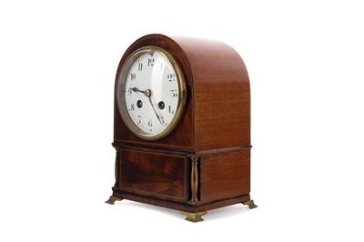 Lot 1166 - AN EDWARDIAN EIGHT DAY MANTEL CLOCK
