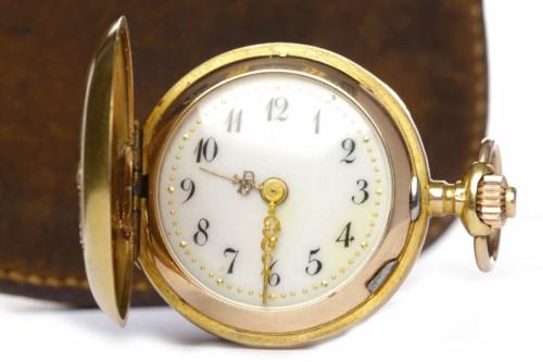 Lot 763-MONARD DIAMOND SET FOURTEEN CARAT GOLD KEYLESS...