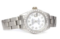 Lot 793-LADY'S ROLEX OYSTER PERPETUAL DATEJUST STAINLESS...