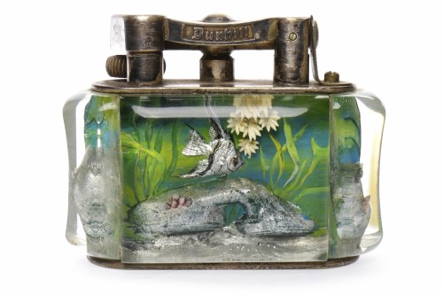 Lot 1201-1950s DUNHILL AQUARIUM TABLE LIGHTER the lucite...