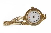 Lot 924 - LADY'S EARLY TWENTIETH CENTURY NINE CARAT GOLD...