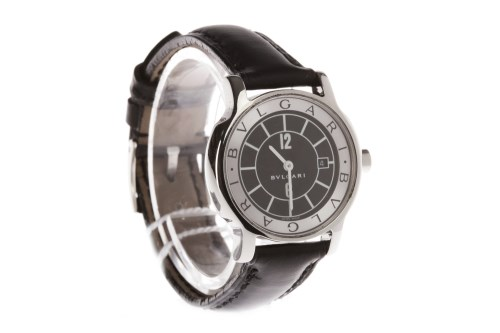 Lot 782 - LADY'S BULGARI SOLOTEMPO STAINLESS STEEL...