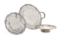 Lot 815-SET OF THREE GEORGE V SILVER COMPORTS maker...