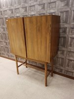 Lot 1628-ROSEWOOD OBLONG DRINKS CABINET by Robert Heritage ...