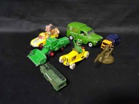Lot 11-SMALL LOT OF MODEL VEHICLES including Corgi...