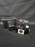 Lot 32-LOT OF VARIOUS CAMERAS including Brownie, Kodak,...