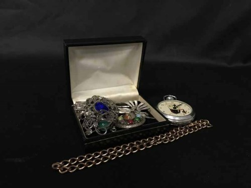 Lot 3-GROUP OF VARIOUS SILVER AND COSTUME JEWELLERY...