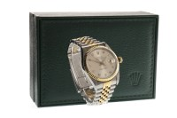 Lot 760-GENTLEMAN'S ROLEX OYSTER PERPETUAL DATEJUST...