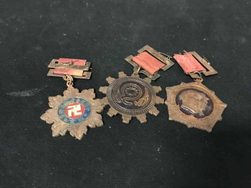 Lot 22-LOT OF PREDOMINANTLY CHINESE REPUBLIC MEDALS