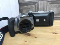 Lot 70 - LOT OF VARIOUS CAMERAS including Canon T80,...