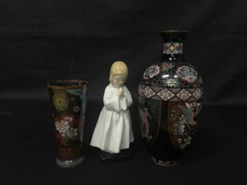 Lot 99 - LOT OF ASIAN COLLECTABLES including jade,...